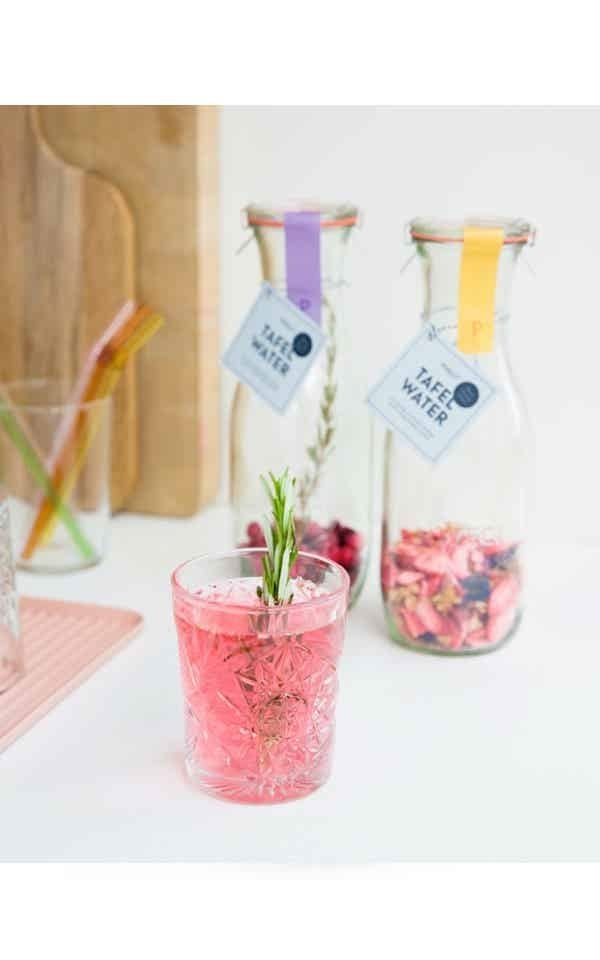Table Water Strawberry