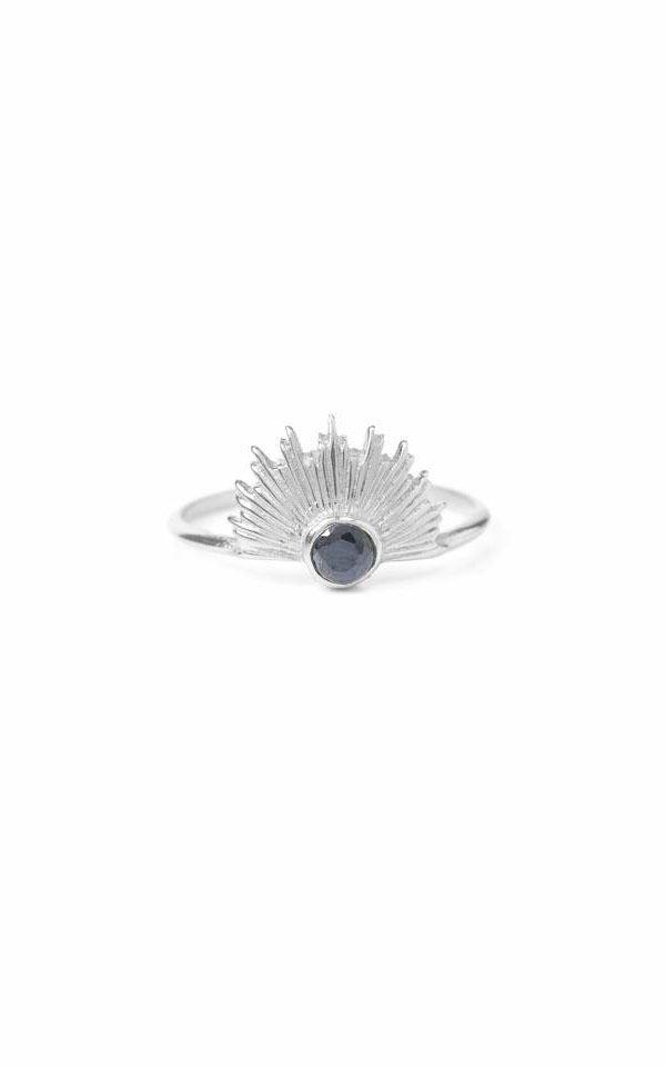 Ring Empowered from Het Faire Oosten