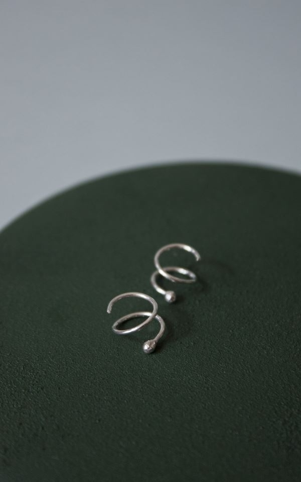 Earring Swirl – Left from Het Faire Oosten