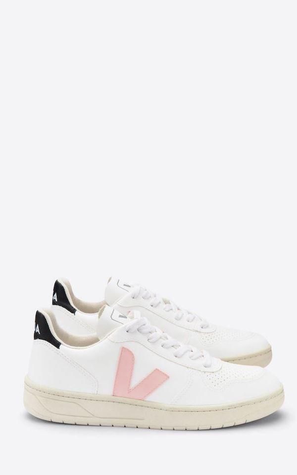 Sneaker V-10 CWL from Het Faire Oosten