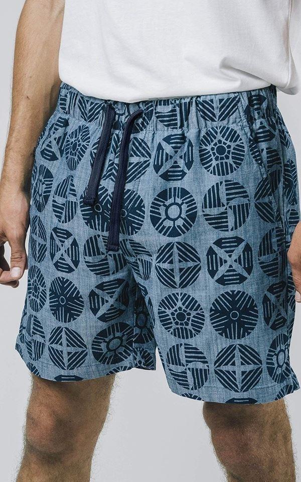 Shorts Geocircles from Het Faire Oosten