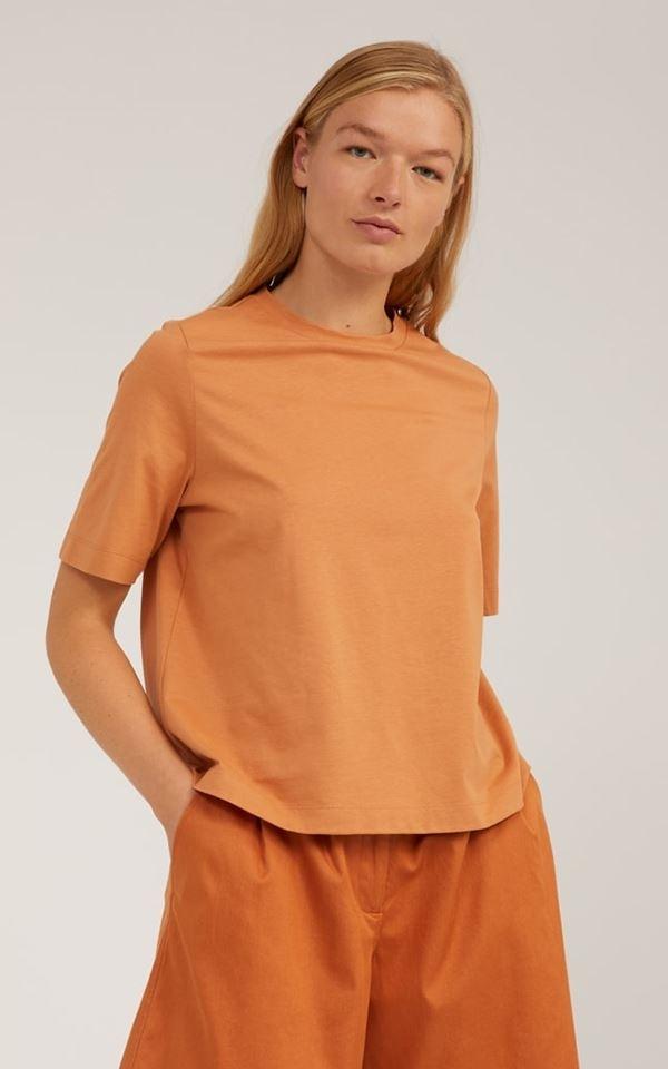 T-Shirt Layaa from Het Faire Oosten